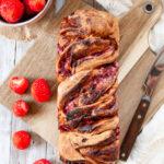 Erdbeerbabka mit Vollkornmehl