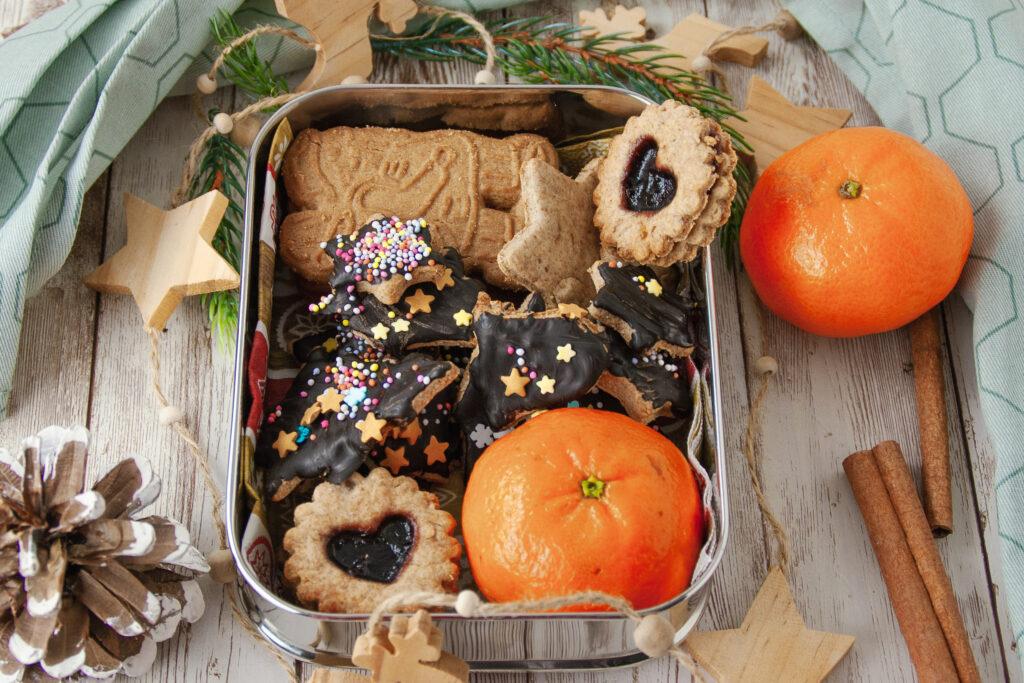 Weihnachtsbäckerei: Gesunde Kekse in der Dose