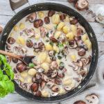 Wohlfühlpfanne mit Pilzen und Gnocchi