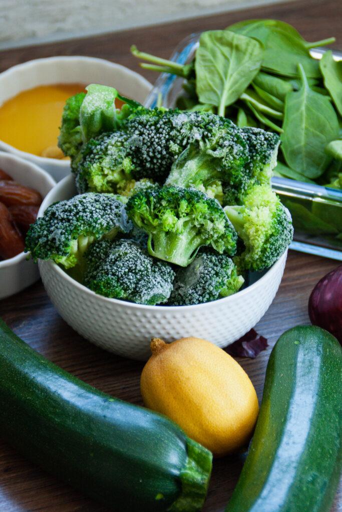 Zutaten warmer Brokkolisalat