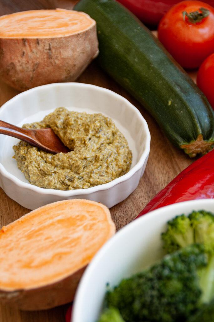 Zutaten für einfaches Pesto-Gemüse
