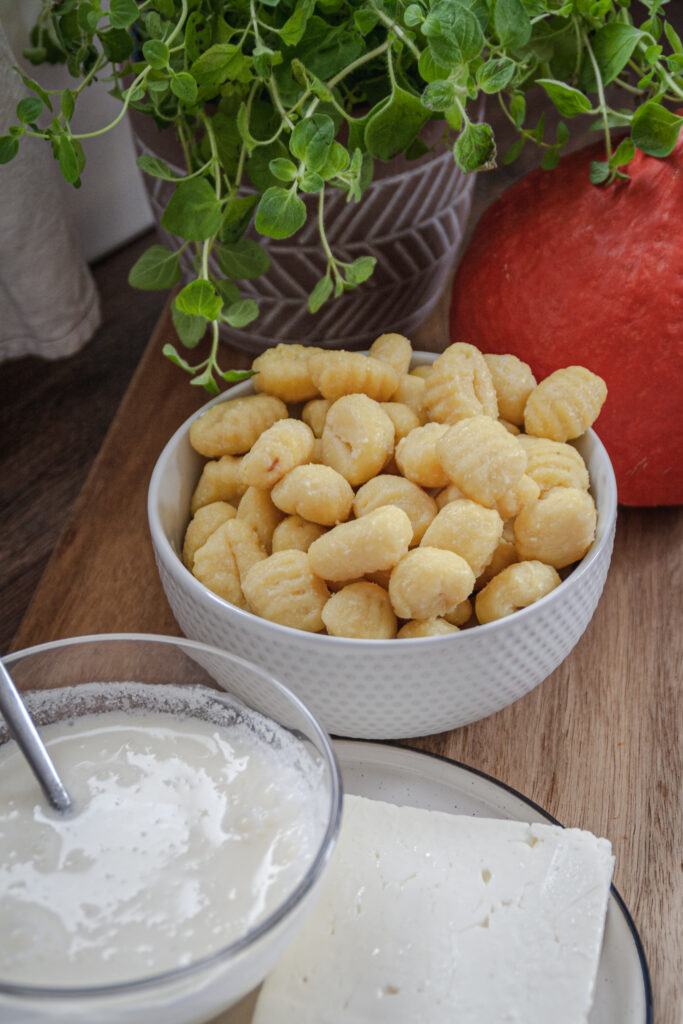 Zutaten für eine cremige Gnocchi-Kürbispfanne